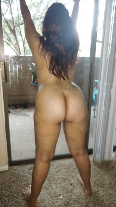 Thicke latina milf